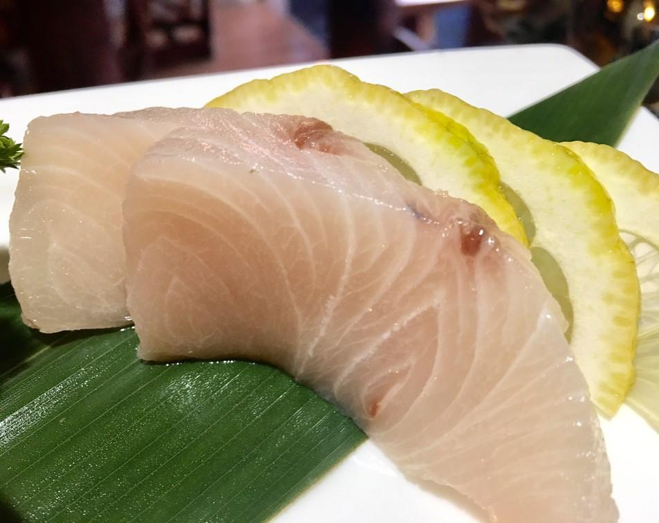 Sashimi Hamachi (Ricciola)